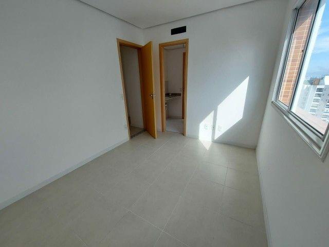 Authentic Recife andar alto com 4 quartos - Foto 7