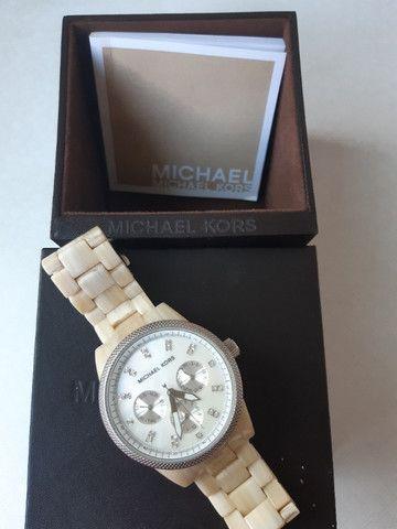 Relógio Michael Kors Jet Set Creme MK-5625 - Foto 2