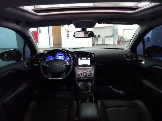 Citroen C4 Lounge Exclusive 1.6 turbo Thp Flex Aut 4p 2018 (Uber Black)  - Foto 8