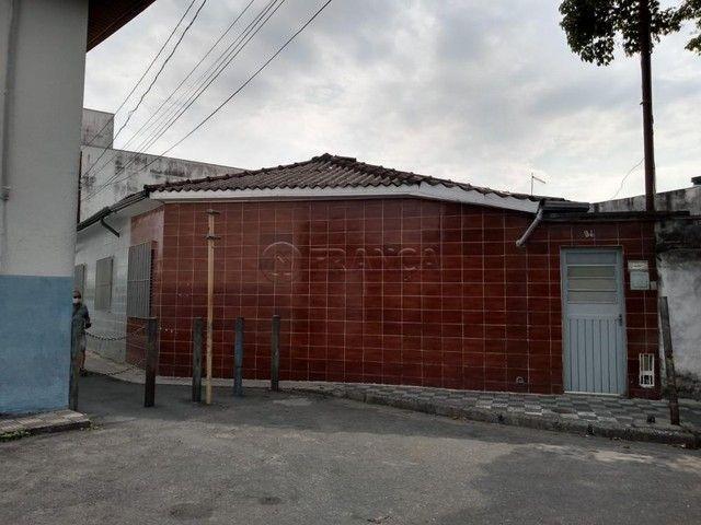 Casa à venda com 3 dormitórios em Sao joao, Jacarei cod:V6942