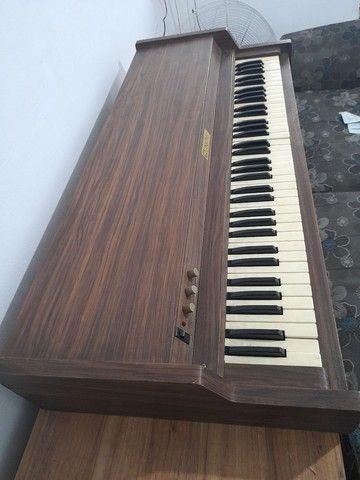 Vendo eletrônic piano