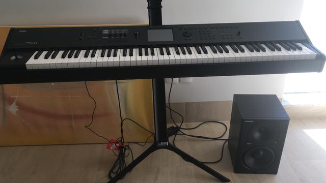 Teclado Korg M50 Workstation
