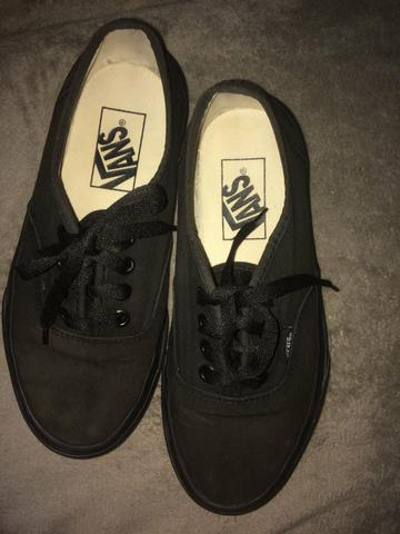 Tênis Vans Authentic All Black 35 - Foto 4
