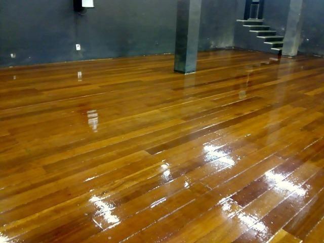Raspagem e aplicação de sinteco em pisos de madeira - Foto 4