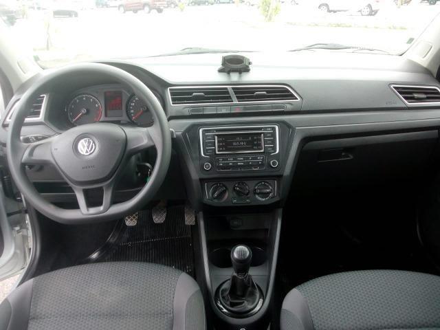 VW Novo Voyage 1.6 - Foto 13