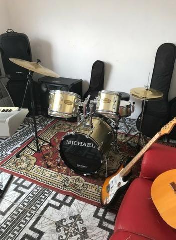 Sala de musica com aparelhos para alugar - Foto 4