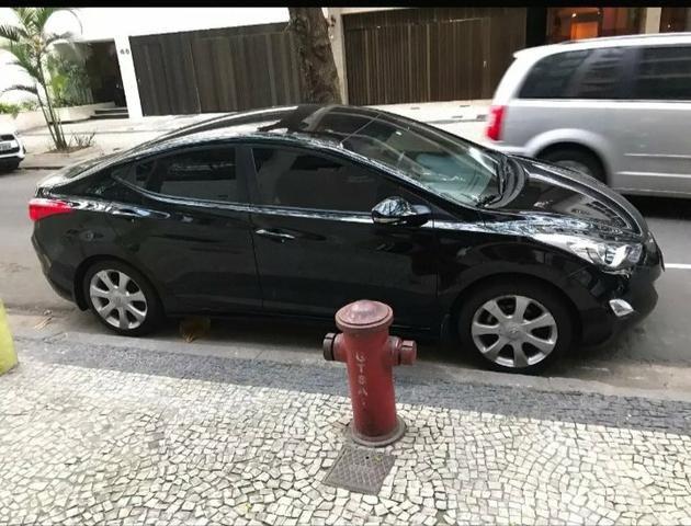Vendo Hyundai Elantra 1.8 - aceito 5 mil na mão + parcelas no boleto