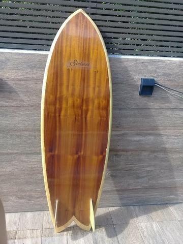 Prancha fish 5'6 biquilha de madeira - Foto 3