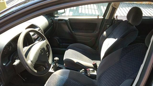 Astra sedan GLS 2.0/8 válvulas - Foto 6