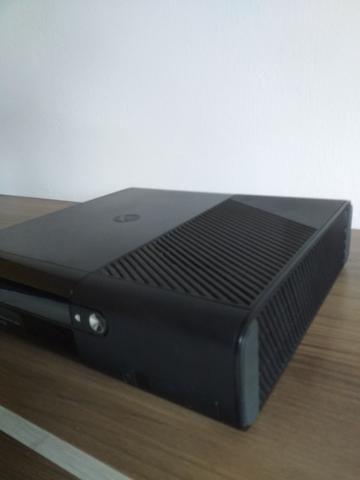 Xbox 360 ultra slim com 1 controle - Foto 2