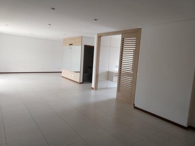 Apartamento no Edifício Villaggio siciliano 250 m2 4 mil - Foto 5