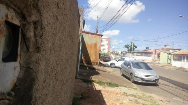 QR 203 lotão avenida entre as quadras, com/resid,casa de fundos 2qts - Foto 4