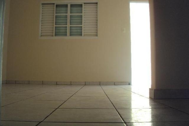 Casa Para Aluguel - 2 Quartos - Setor Sudoeste - Goiânia-Go - Foto 5