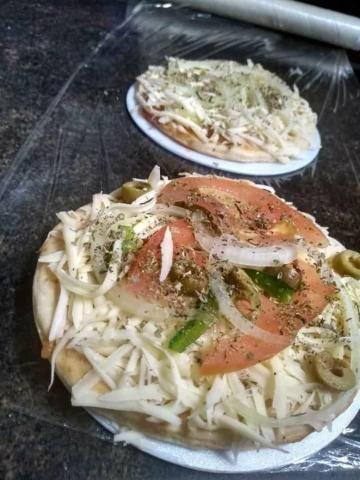 Pizzas brotinhos, mini, e grande - Foto 4