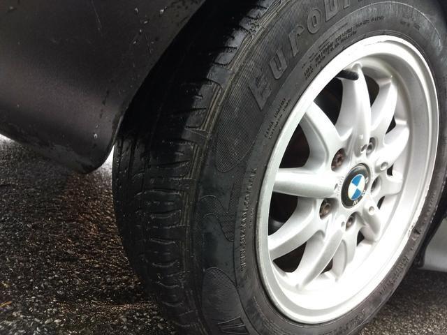 BMW 318i COMPACT ANO 95 MANUAL 4 CC COMPLETA FUNCIONA - Foto 10
