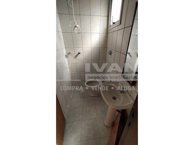 Apartamento para alugar com 3 dormitórios em Lídice, Uberlândia cod:716839 - Foto 13