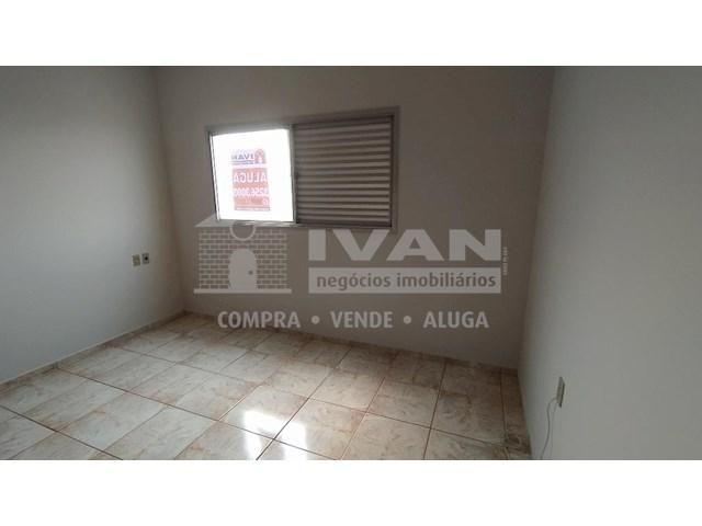 Apartamento para alugar com 3 dormitórios em Lídice, Uberlândia cod:716839 - Foto 19