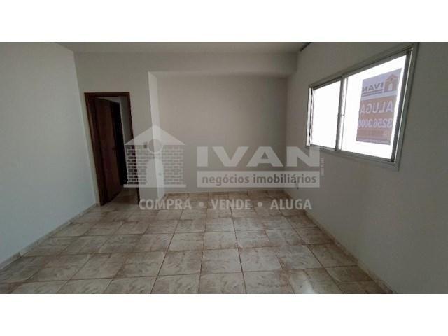 Apartamento para alugar com 3 dormitórios em Lídice, Uberlândia cod:716839 - Foto 8