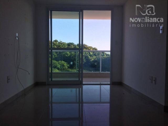 Apartamento com 3 quartos para alugar, 70 m² por R$ 900 - Jardim Guadalajara - Vila Velha/