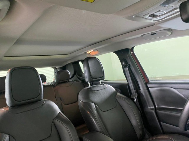 Jeep Renegade Limited 1.8 Flex Ano 2019 Aut.- Teto solar Panorâmico - Ipva Pago - Foto 14