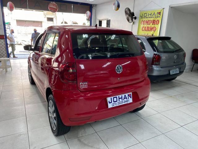 Volkswagen Fox 1.0 VHT (Flex) 4p - Foto 5