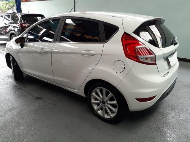 Ford New Fiesta TIT. 1.6 16V Flex Aut. 4P - Foto 4