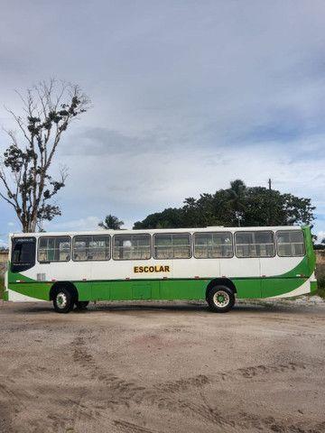 Vende-se Ônibus Mercedes-Benz