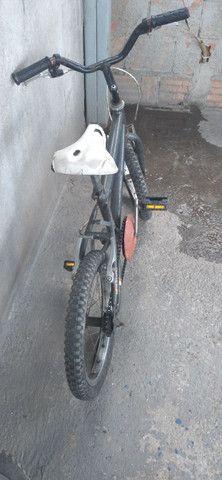 Vende-se ou  troca bicicleta aro 16 em outra bicicleta  - Foto 3