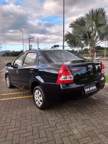 Toyota Etios sed aut 36000km - Foto 6