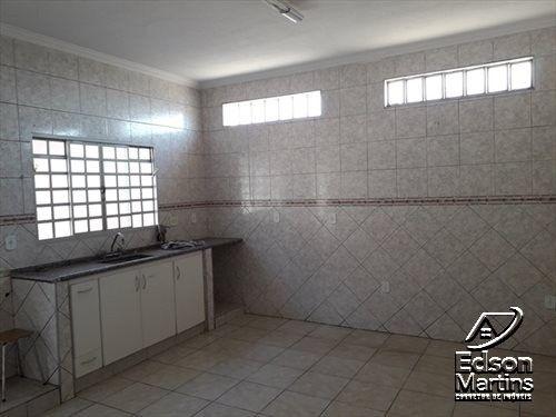 Vendo Casa com Salão no Palmital. - Foto 10