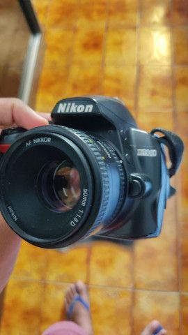 Nikon D3000 com lente do kit e 50mm 1.8 - Foto 3