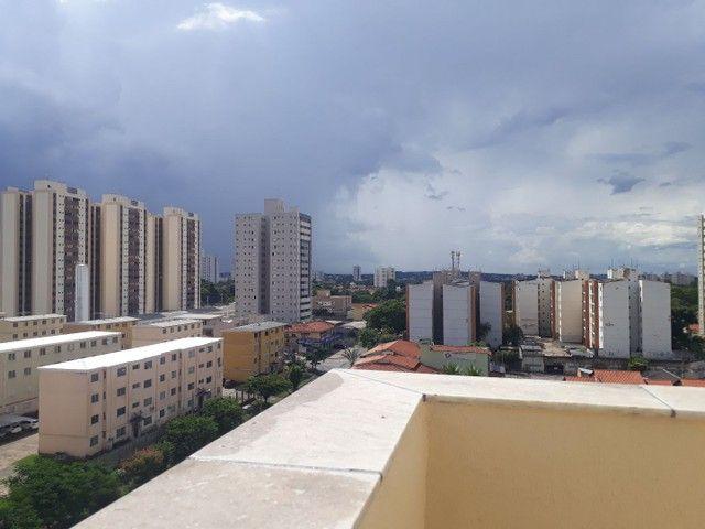 Cobertura duplex no Negrão de Lima com 2 vagas de garagem  - Foto 20