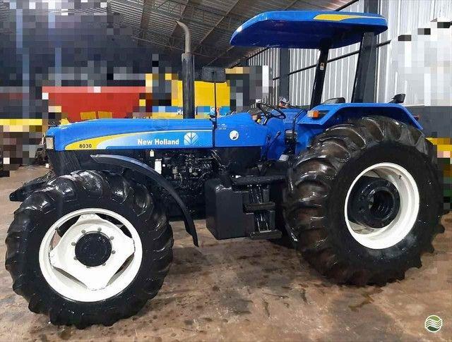 Trator New Holland 8030 - Mato Grosso