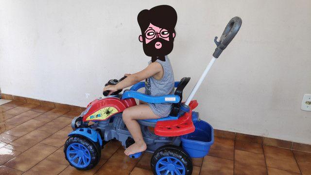 Motoca que vira Triciclo METADE DO PREÇO - Foto 2