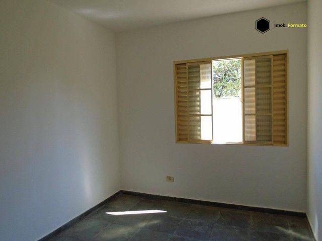 Apartamento com 2 dormitórios para alugar, 80 m² por R$ 950,00/mês - Vila Morumbi - Campo  - Foto 5