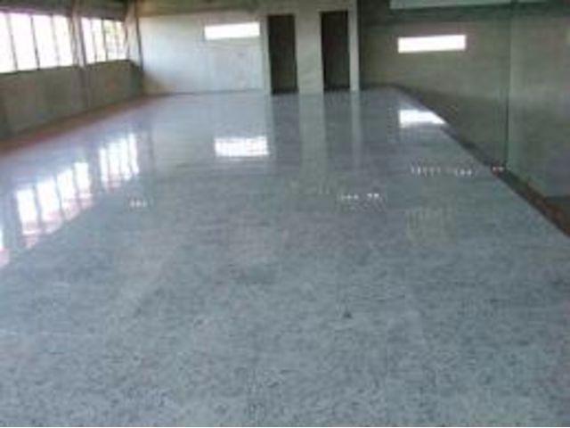 Revitaliza o polimento confec o piso porcelanato granito - Cambio de pisos ...