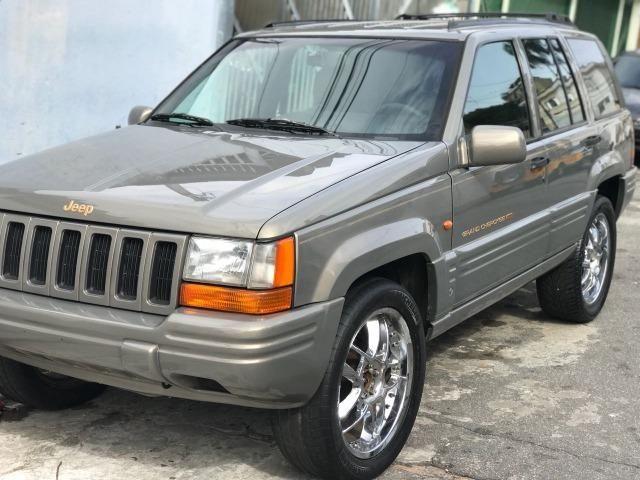 Jeep Cherokee Jeep Grand Cherokee Limited 5.2 V8 1997