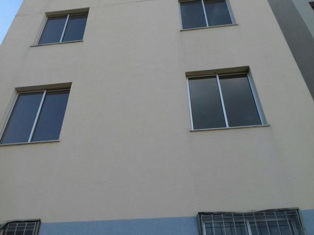 Apartamento novo com armários!