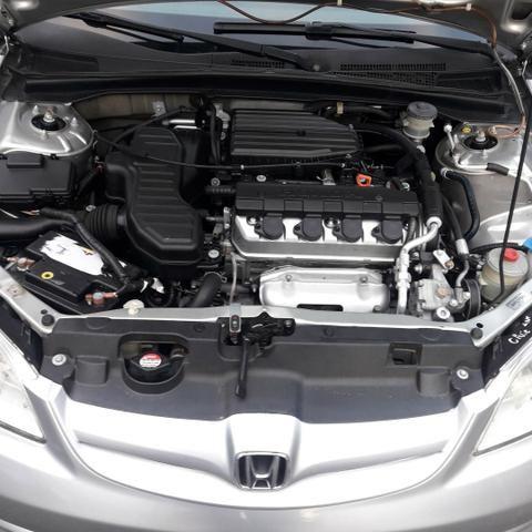 Honda Civic 2005 automático 18,600 - Foto 5