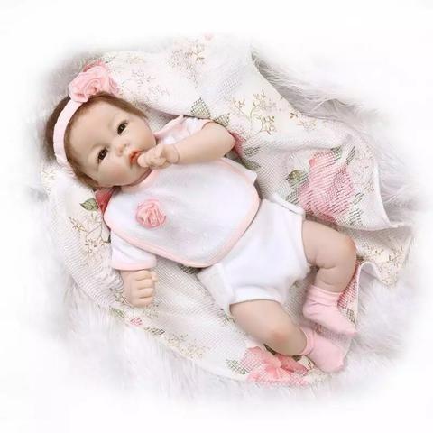 Boneca Realista Reborn Silicone Recém-nascido - Unidade - Foto 2