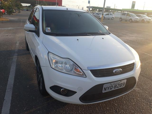 Focus sedan 2011 - Foto 2