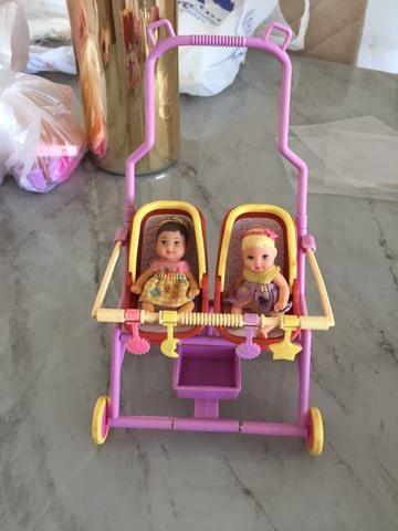 Barbie babá + Barbie pediatra - Foto 3