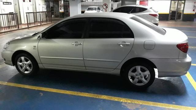 Toyota Corolla 1.8 automático