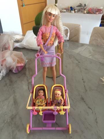 Barbie babá + Barbie pediatra