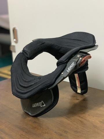Protetor de pescoço leatt Brace