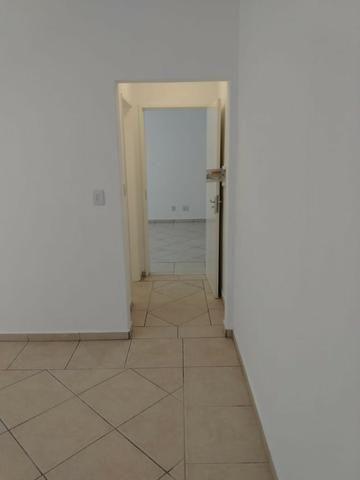 Vende-se apartamento central de 1 dormitório com garagem, Pelotas - Foto 7