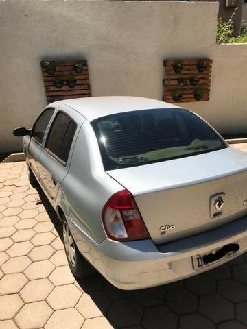 Clio Sed. Authentique Hi-Flex 1.0 16V 4p - Foto 3