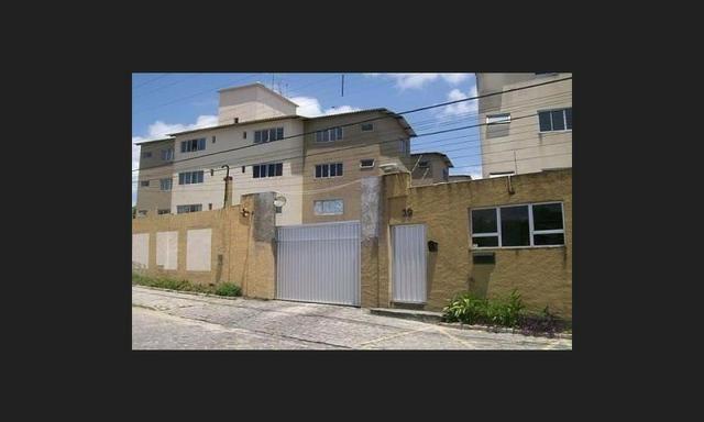 Apartamento em Emaus - Condominio Coral Gables