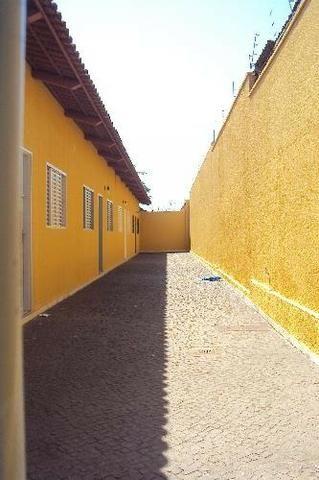 Casa Para Aluguel - 2 Quartos - Setor Sudoeste - Goiânia-Go - Foto 2