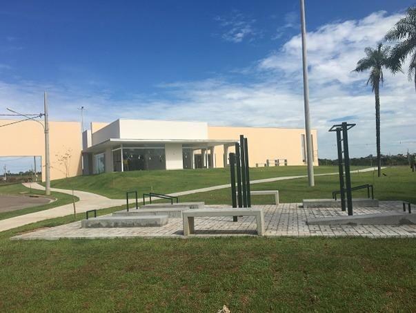 Terreno Florais Itália Cuiabá, 558,00 m², Esquina e em Frente Área Verde - Foto 2